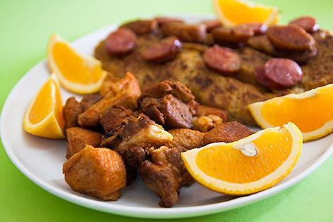 Entrecosto Frito com Migas à Alentejana