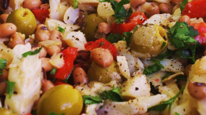 Salada de Feijão Frade com Bacalhau